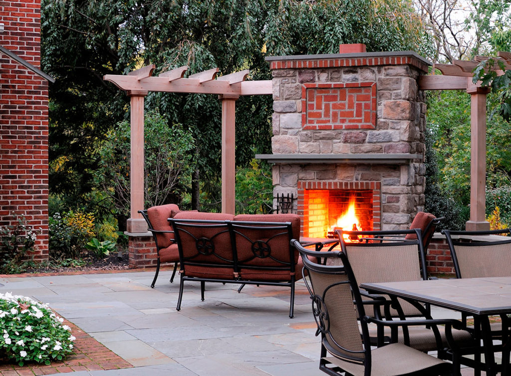 River Valley Landscapes - Fireplaces & Fire Pits